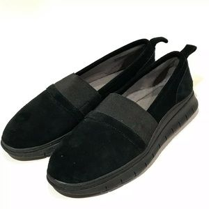 Vionic Kristi black, soft, suede slip-on shoe Sz 7